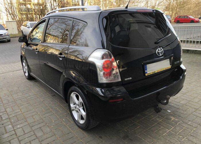 Toyota Corolla Verso (4)