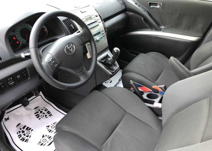Toyota Corolla Verso (5)
