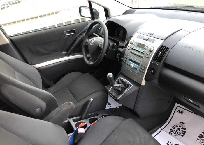 Toyota Corolla Verso (6)