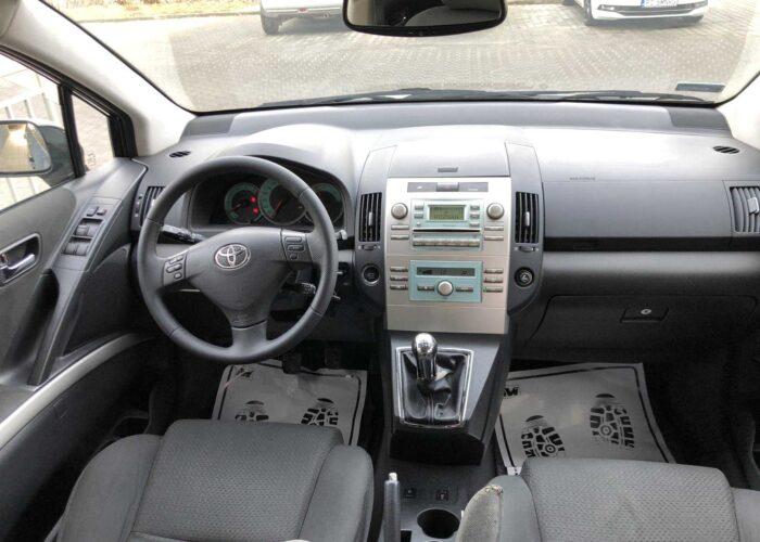 Toyota Corolla Verso (7)